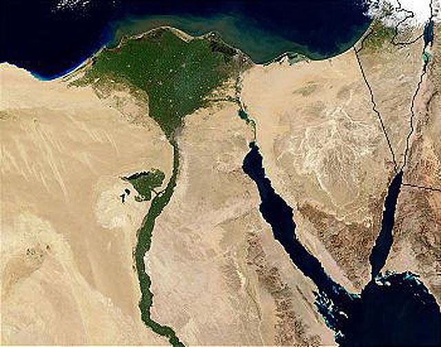 350px-Nile_River_and_delta_from_orbit