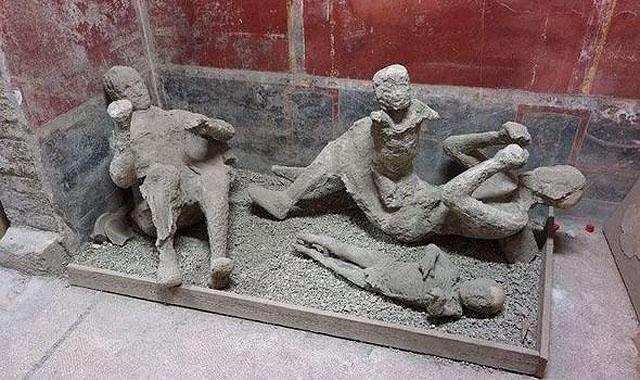 4,Pompei Halkı Lut Kavmi ile Aynı Sona Uğradı