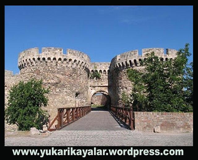 Fatih sultan Mehmet han, iki Papazın Zindandan Çıkması