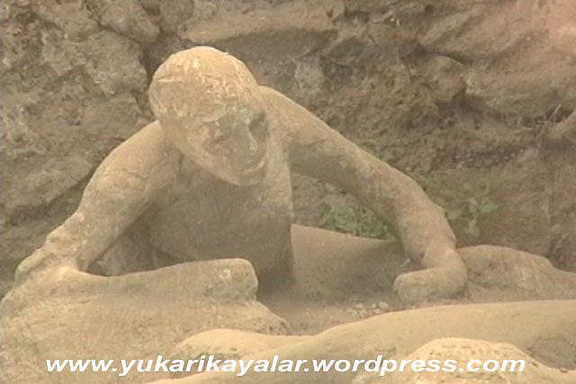 Pompei,tas kesilen insanlar,ibretlik,lut kavmi,TAŞ KESİLEN İNSANLAR – İBRETLİK – POMPEİ,2