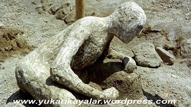 Pompei,tas kesilen insanlar,ibretlik,lut kavmi,TAŞ KESİLEN İNSANLAR – İBRETLİK – POMPEİ,4