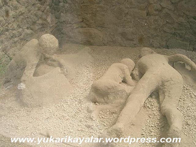 Pompei,tas kesilen insanlar,ibretlik,lut kavmi,TAŞ KESİLEN İNSANLAR – İBRETLİK – POMPEİ,5