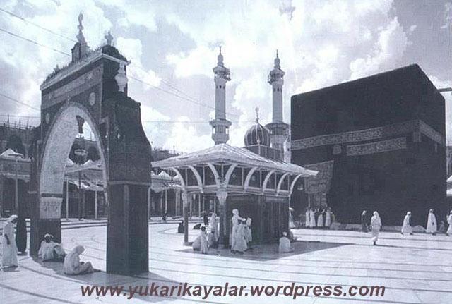 HACC REHBERİ – 33 Risale Ankara Fazilet,Hac rehberi,Old-picture-of-Kaaba copy