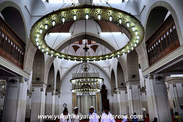 Kıbleteyn Camii