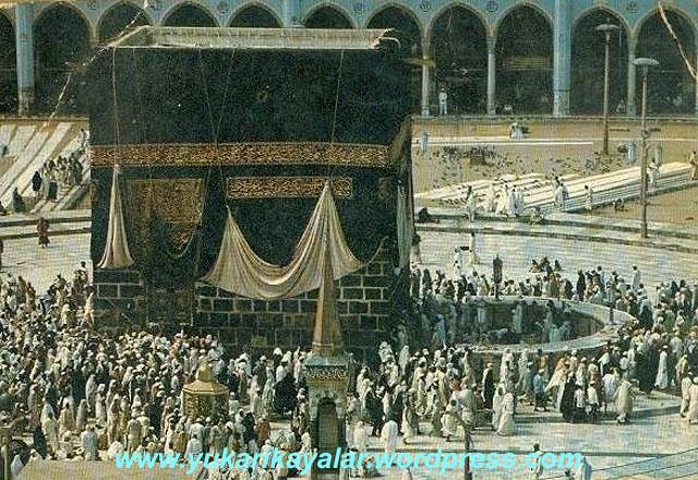 İbrahim Aleyhisselâm'in Kâbeyi Bina Etmesi