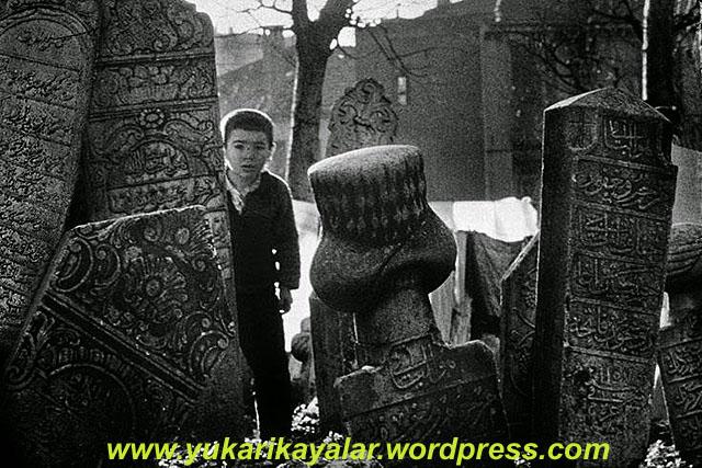 kabir,mezar,Ölülerde Selâm Alırlar - Mezar Ziyareti,
