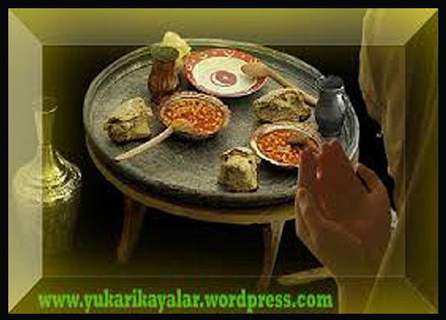 Masada Kimler Yemek Yer  - Üzerinde Yemek Yenilen Şeyler