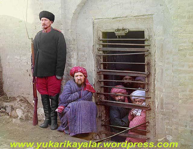 Yalan ve İftiranın Kötülüğü,Zindandan Mehmede Mektup,necip fazil,a-zindan-aka-prison-circa-1907-1915 copy