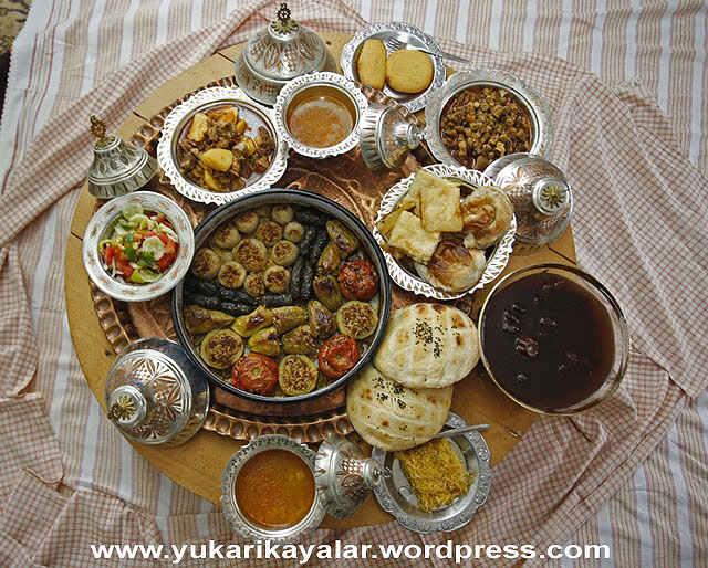 Orucu Bozan Şeyler,eid-al-fitr-2014-famous-foods-around-world-break-fast-after-end-ramadan copy