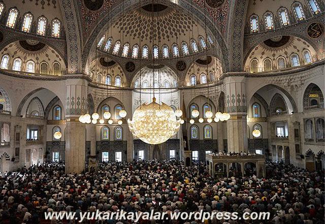 BAYRAM NAMAZI NASIL KILINIR,bayram_namazi-jpg20140728093538 copy